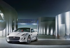 Ягуар Ф тип р купе 2014, шикарный автомобиль Jaguar