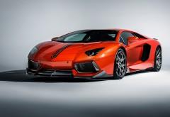 Lamborghini Aventador LP 700-4 красный спорткар